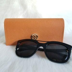 TORY BURCH | Black Sunglasses